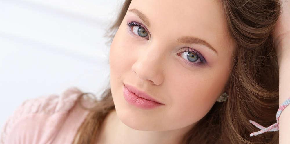 Laguna Beach Eyelid Surgery Cosmetic Procedure | Dr. Tavoussi